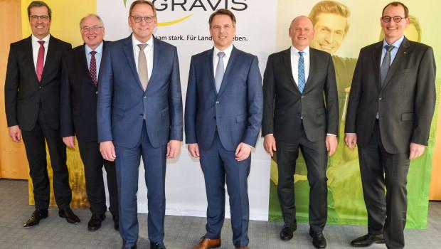 Der Agravis-Vorstand (von links): Vorstandschef Dr. Dirk Köckler, Finanzvorstand Johannes Schulte-Althoff, der Aufsichtsratsvorsitzende Franz-Josef Holzenkamp, Jan Heinecke, Hermann Hesseler und Jörg Sudhoff.