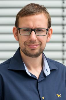 Tobias Grimm war bisher im Unternehmen Vertriebsleiter für den stationären Handel in Deutschland und Österreich und soll die Expansion des Unternehmens in Afrika, Asien und anderen Ländern weiter ausbauen.
