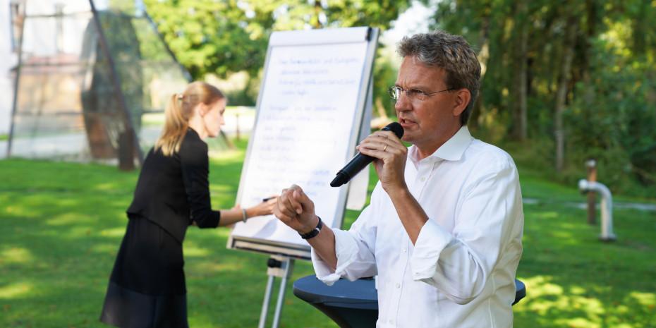 Prof. Dr. Quelle , Heimtier-Kongress