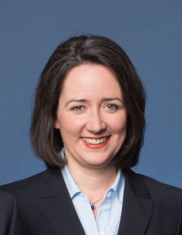 Andrea Skersies ist seit 2000 bei Zooplus und seit 2005 verantwortlicher Vorstand für das Ressort Sales & Marketing.